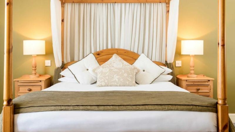 Meadowlands Hotel €65
