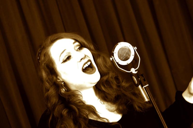 Natalie Turner - Wedding Singer €430