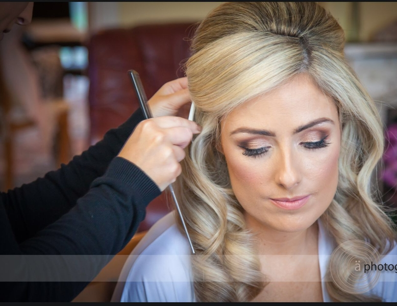 Shelly Bridal Hair Specialist €230