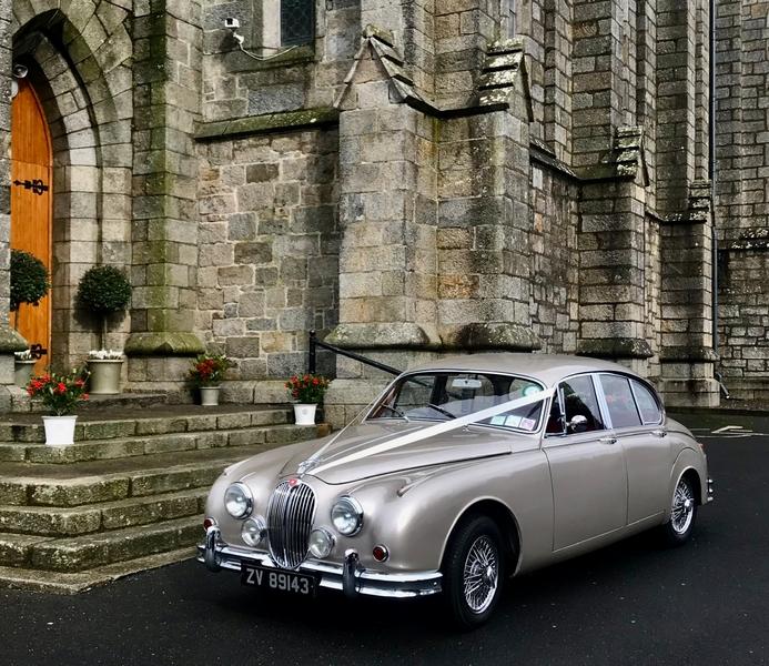 Classic Wedding Car and Limousine Hire Ltd €350