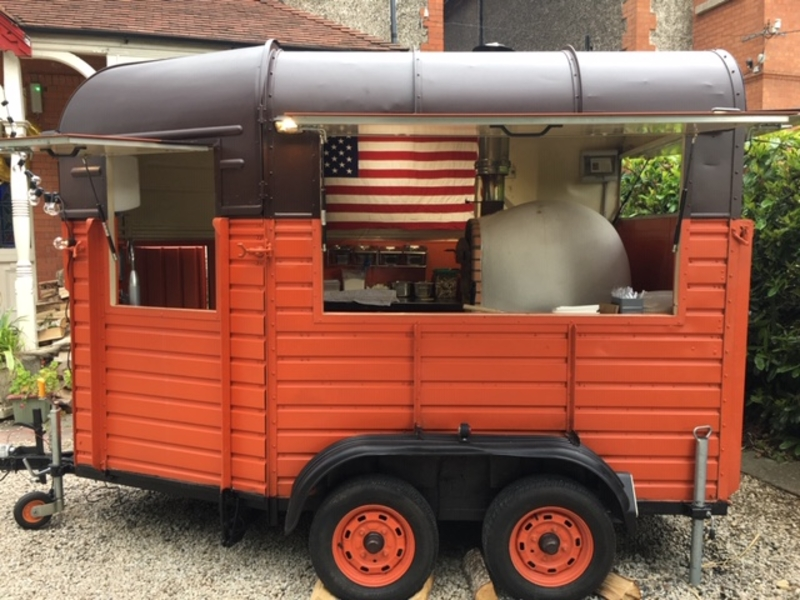 Brownstone Pizza - Mobile Wood Fired Pizza €600