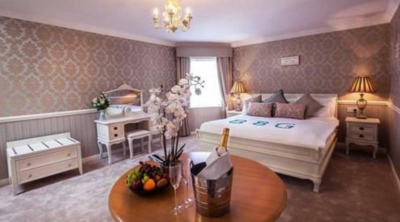 Castle Arch Hotel €55