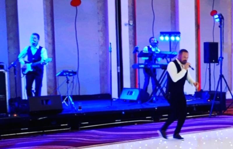 Livewire Wedding Band €2,300