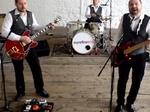 Surefire Trio Nationwide Wedding Band & DJs €1,650
